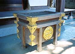 松島八幡神社賽銭箱(千葉県船橋市)