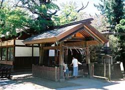 船橋大神宮手水舎(千葉県船橋市)